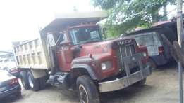 Mack truck double axle for sale.