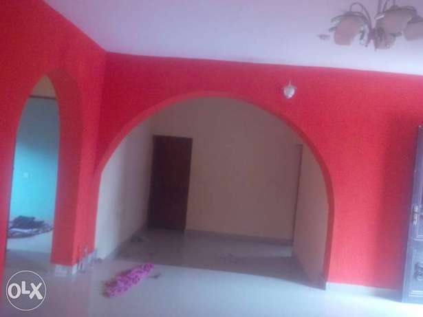 Tastefully built 3 bedrooms for rent in Elebu,off akala express Ibadan South West - image 3