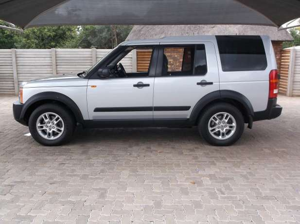2007 Land Rover Discovery 3 Td V6 S AT Roodepoort - image 3