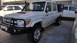 Toyota Land Cruiser V8 4.5D Double Cab