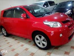 Red Toyota ist