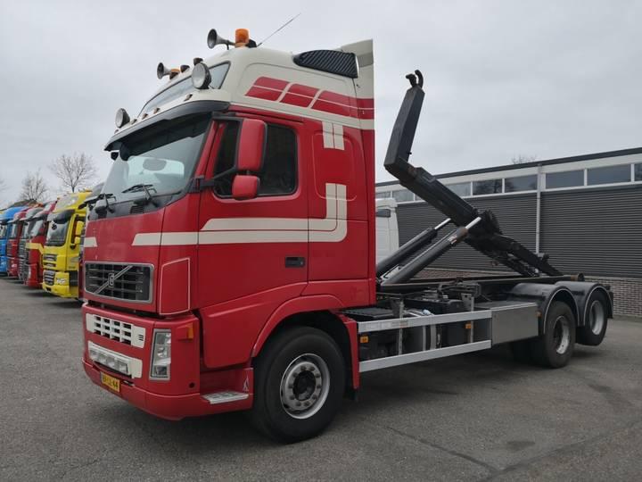 Volvo FH520 6x2 Globetrotter XL euro5 Full Steel - 10 tires - V... - 2008