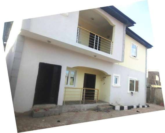 Lovely Newly built 3 bedroom flat all round tiles floor pop at Baruwa Alimosho - image 1