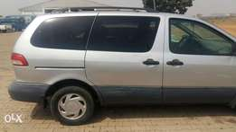 Very Clean Toyota Sienna. Chilling AC, Sound Engine, good tyres etc.