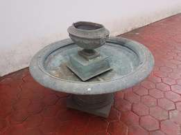 Fountain for sale No pump R 800