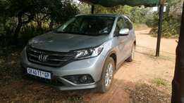 2013 Honda CRV SUV with leather seats and towbar
