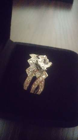 Princess cut stone 2 pc brand new solid silver ring.size 7. Johannesburg - image 4