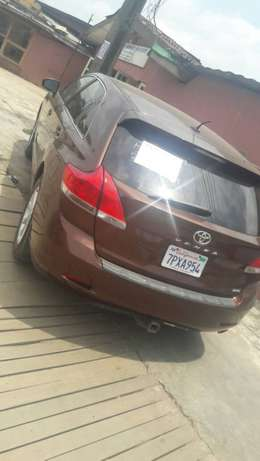 view super clean Toyota VENZA 2010 first body with good condition Alimosho - image 2