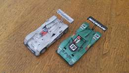 Set of two LM slot cars