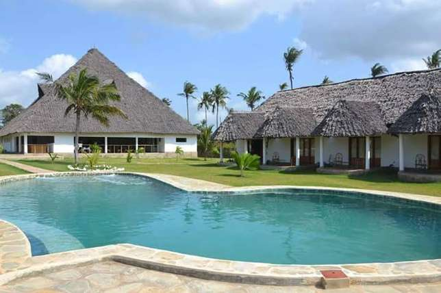 6 acres with villas Diani Diani Beach - image 3