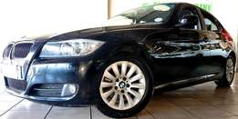2009 BMW 320i 6-Speed (E90)