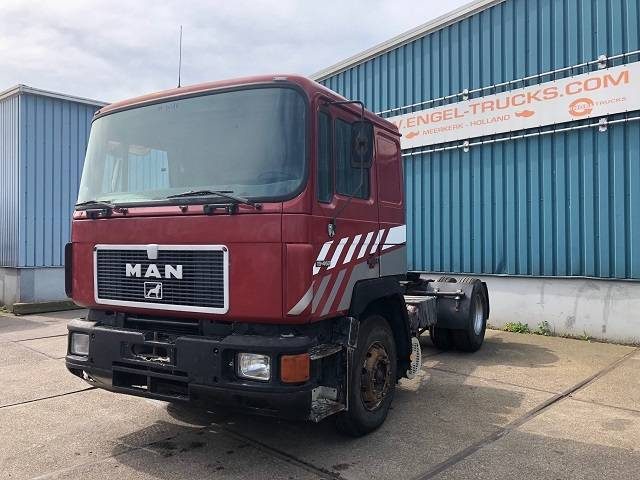 19.362FLT COMMANDER (MANUAL GEARBOX / MANUAL INJECTORS) - 1990