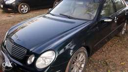 clean used Benz E320 04