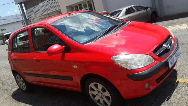 2009 Hyundai Getz 1.6 Comfortline Available for Sale Johannesburg - image 3