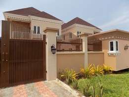 Newly Built fully detached 5 bedroom house at lekki