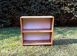 SMALL WOODEN BOOK SHELFGreat for a Kids Rooms Store Books/Games & Toys