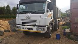 A clean lorry FAW used by the owner to only construct his home