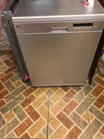 LG Dishwasher ( 14 place) For Sale