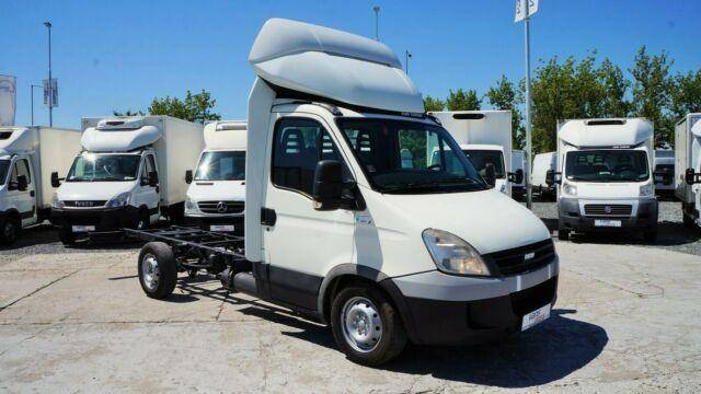 Iveco DAILY 35S14G FAHRGESTELL / CNG - 2009