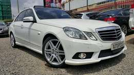 Mercedes Benz E250 CGi AVANTGARDE, Year 2010, Pearl White, 1800cc Blue