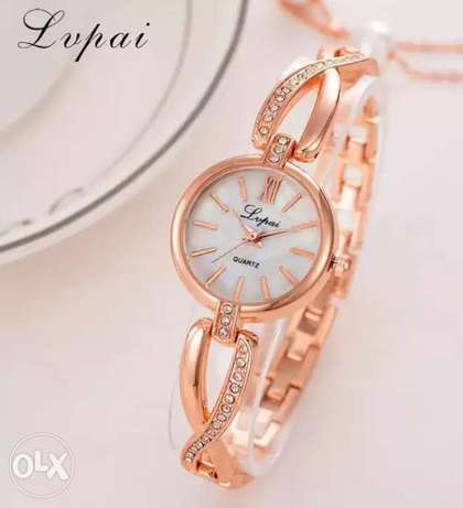 Luxury Bracelet Women Dress Watches Fashion Quartz Crystal