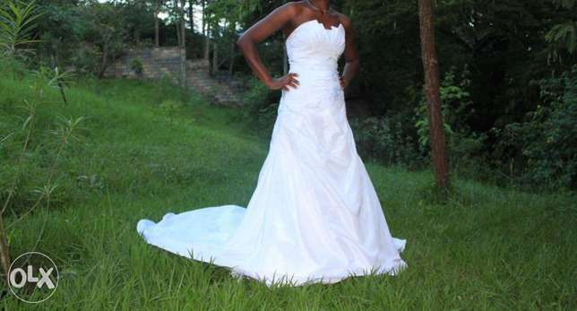 Wedding gown for quick sale Thika - image 1