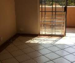 Fontainebleau 2bed townhouse R5000 bathroom, kitchen, lounge, lovely