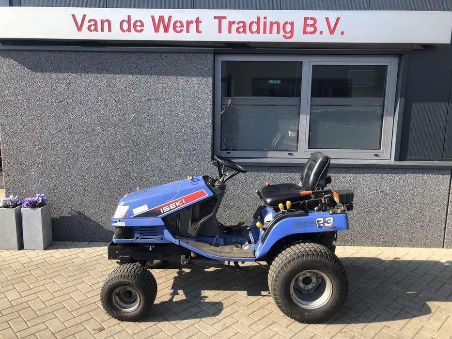 grasmaaier zitmaaier tractor ISEKI SGX23 4x2 hydrostaat...