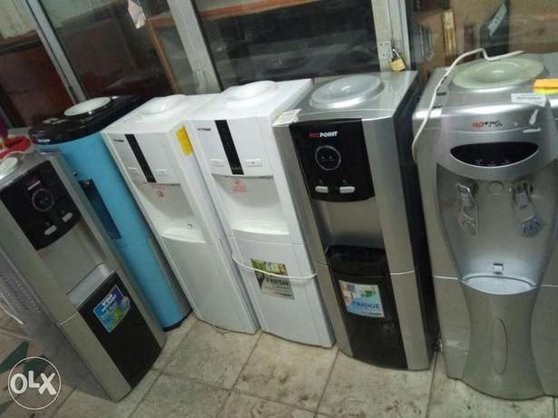Hotpoint water dispenser with hot, cold ,normal water Nairobi CBD - image 1