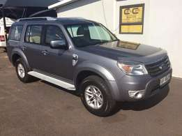 Ford - Everest 3.0 TDCi XLT 4x2
