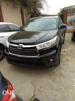Toyota Highlander XLE 2015 Model Tokunbo VeryClean Perfectly Condition