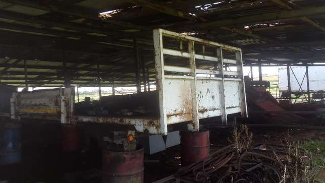 Truck bodies with drop down sides for sale. Delmas - image 3