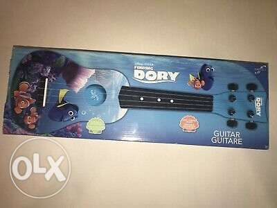 First act discovery mini guitar Dory Toy