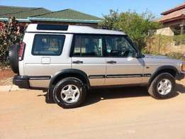 Land Rover Discovery V8 For Sale R38000
