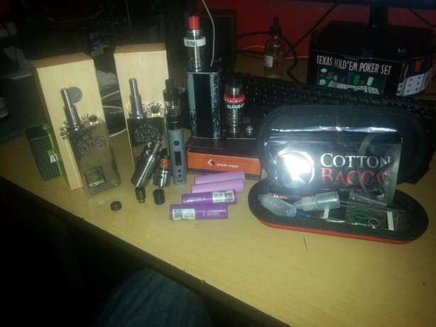 Trading vapes and vaping accessories for pc or good gpu Roodepoort - image 1