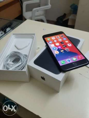 iPhone 7 Plus 128gb with box and all accessories with warranty