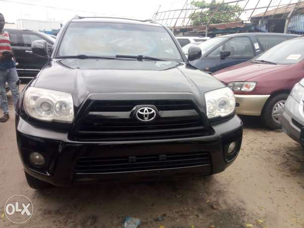 2008 Toyota 4runner black. Limited edition. Direct tokunbo Apapa - image 3