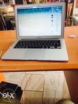 "MacBook Air 13"" 4GB 128GB"
