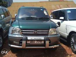 Toyota Land Cruiser Prado 1998 model, green, 2.7cc, petrol, auto, 4wd.