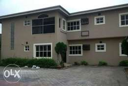 4 bedroom flat with bq for rent in Lekki phase 1