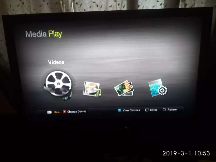 8502a704a12 Samsung 40inch full TV 3 hdmi port and a usb port with remote control