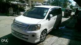Very clean Toyota Noah