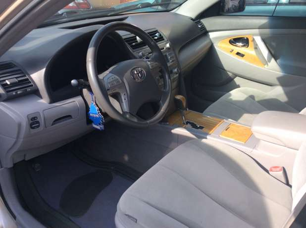 Toyota Camry 2007 (XLE version) Lagos Mainland - image 4