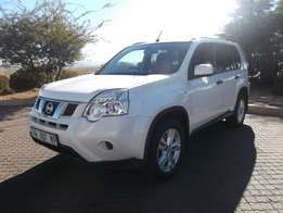 2011 White Nissan X-Trail 2.0dCi 4 X 2 XE Excellent Condition
