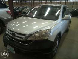 Extremely clean Honda CR-V 2011