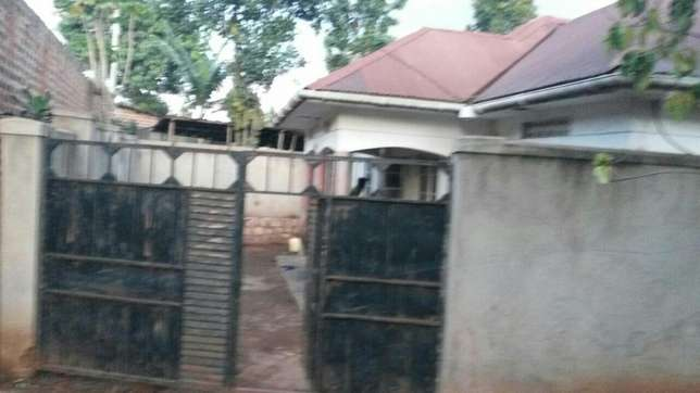 Three bedroom House on sale in Gayaza town at 45m Kampala - image 3
