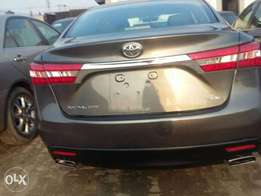 2013 tokunbo Avalon XLE full option for sale