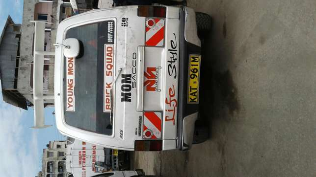 Matatu in excellent condition for sale Nyali - image 3