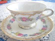 WANTED wanted wanted; Hutchenreuther tea set