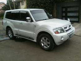 Mitsubishi Pajero Exceed. 2006. Fully loaded. Very clean unit.